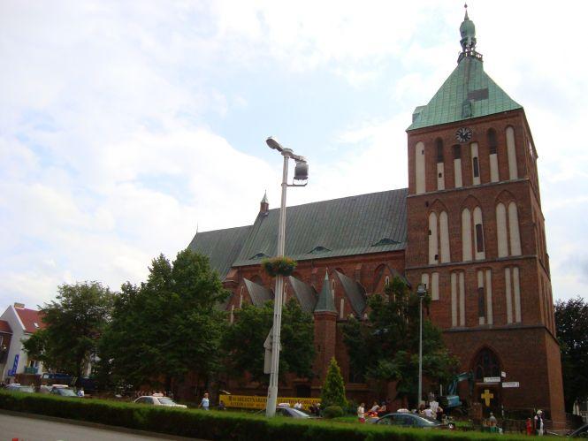 Koszalińska katedra zyskała po remoncie nowe oblicze i tryptyk