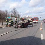 Lider Oddziału Zamkniętego miał poważny wypadek. Jego auto zderzyło się z ciężarówką