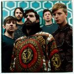 "Foals grają singiel ""Late Night"" w bibliotece! [VIDEO, 2013, HOLY FIRE]"
