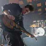 Perkusista Metalliki Lars Ulrich na scenie z Royal Blood. Zobacz koncertową wersję numeru Out Of The Black [VIDEO]